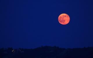 strawberry-moon.jpg